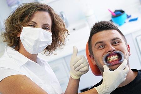 Prozorne poravnave - Zobozdravstvo